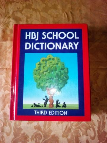 Daiktas Hbj school dictionary third edition