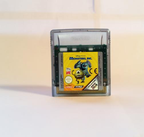 Daiktas Nintendo gameboy color žaidimas monster.inc