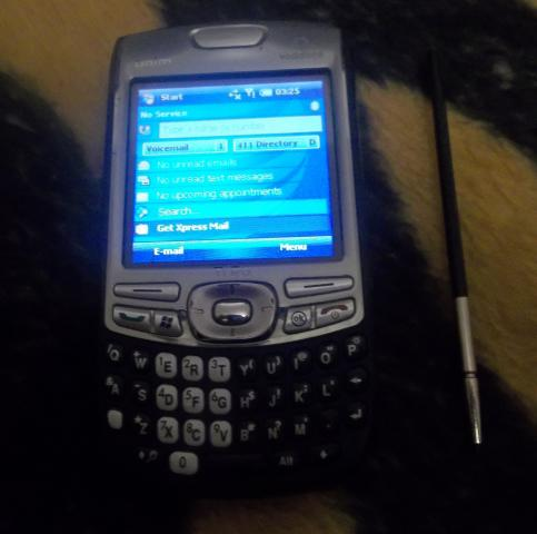 Daiktas palm treo 750 smarthone